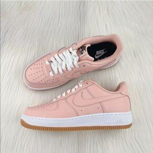 Women's Nike Air Force 1 Low Sneakers